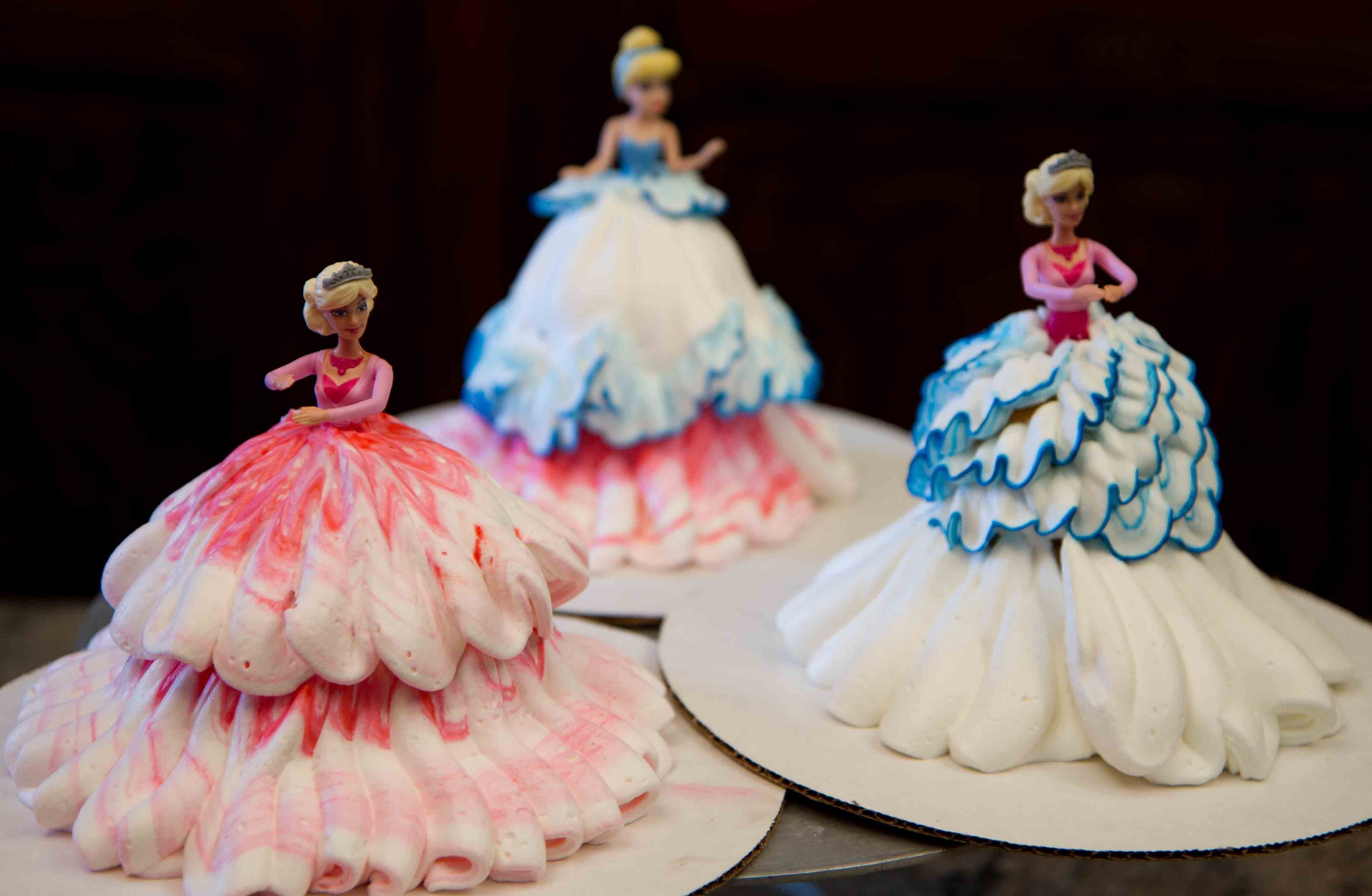 Best Barbie Doll Birthday Cakes Delivered by Winni