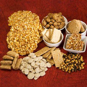 A pack of Rewri, Popcorn, Moongfali and Gachak