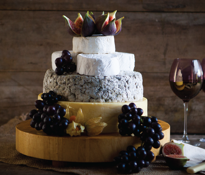 Revolutionize Your Wedding Cake With These Easy-peasy Tips