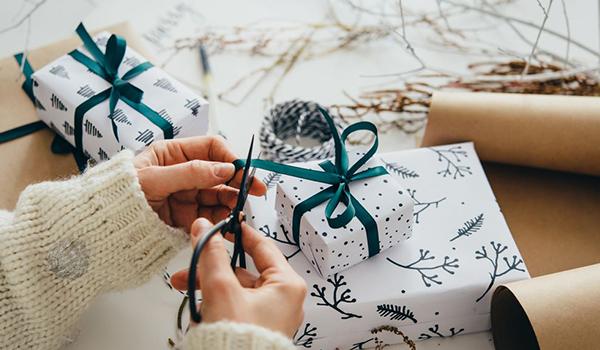 Customized Gift Packs